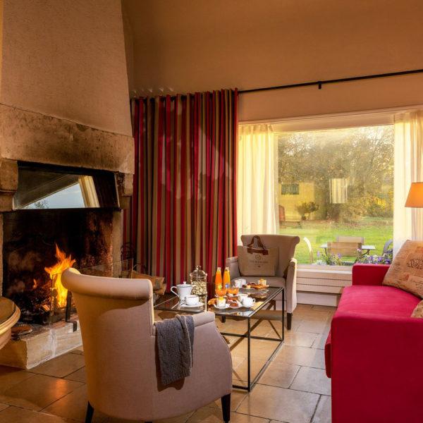 Hotel-Les-Manoirs-de-Tourgeville-Deauville-Chambre-Triplex-3-1600x1000