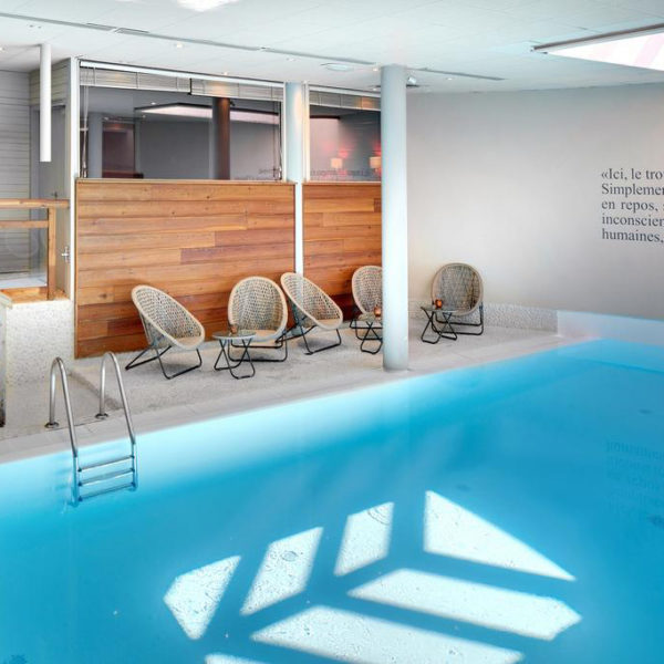 Piscine hotel chamois d'or rhone alpes