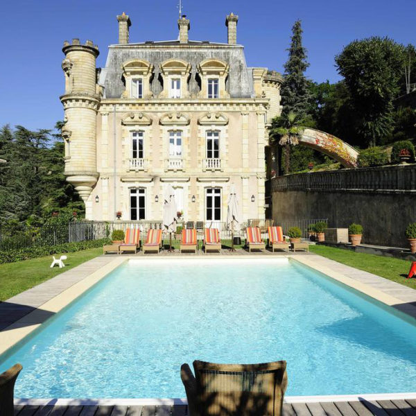 piscine chateau hotel Clement