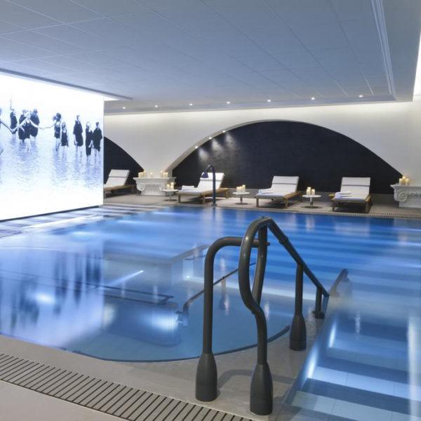 piscine hotel les cures marine Normandie