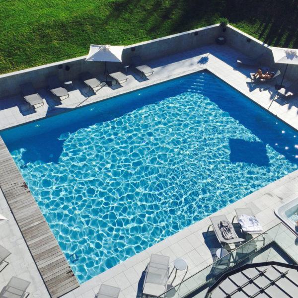 piscine hotel mont blanc chamonix