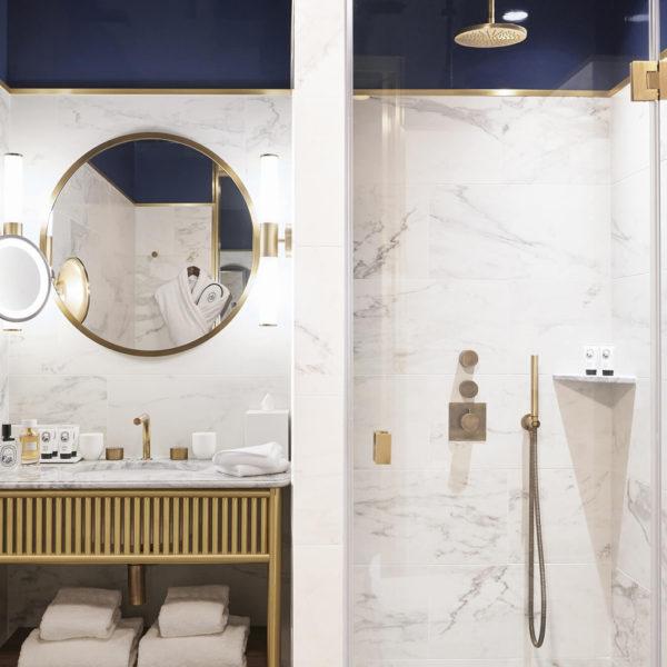 salle de bain hotel le grand powers paris
