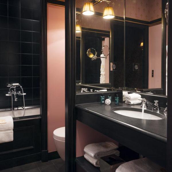 salle de bain hotel maison souquet