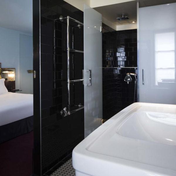 salle de bain hotel saint marc Paris