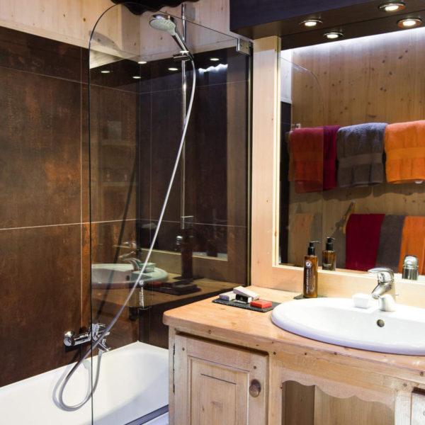 salle de bain hotel spa la bergerie