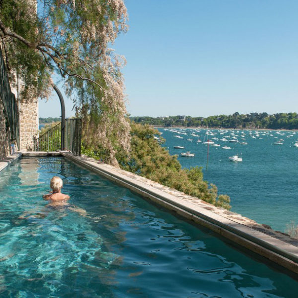 piscine hotel castelbrac