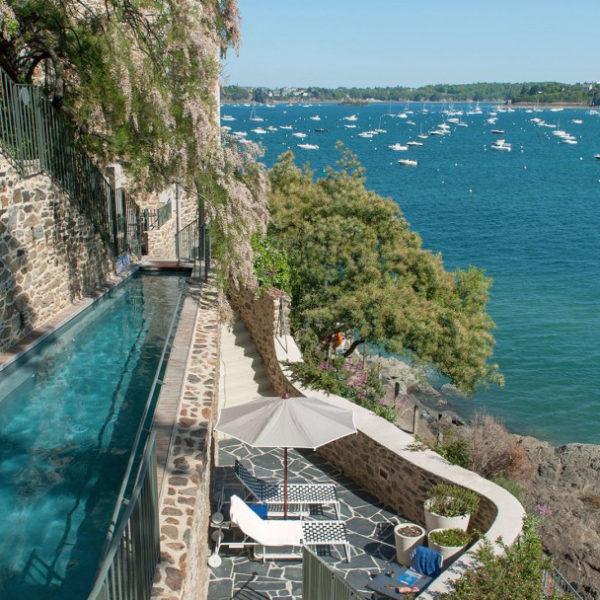 piscine hotel castelbrac bretagne