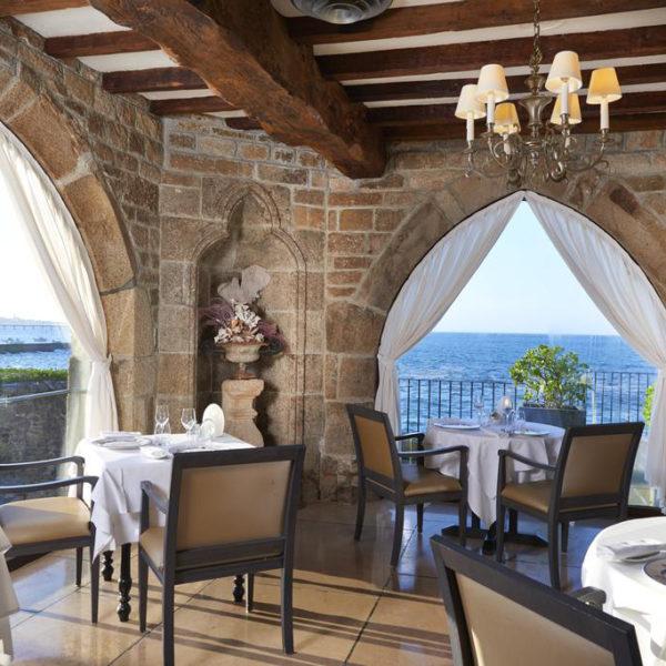 restaurant hotel brittany spa